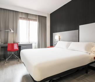 Chambre double hotel ilunion suites madrid