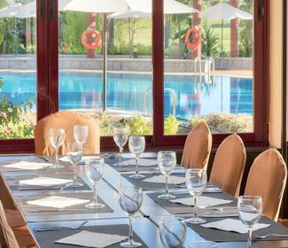 Restaurant hotel ilunion golf badajoz