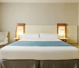 Chambre individuelle corporate hotel ilunion fuengirola